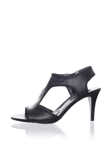 Adrienne Vittadini Women's Shannon Sandal (Black)