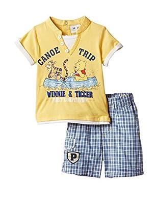 Disney Poloshirt und Bermudas