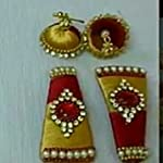 Red and gold jumka with clip