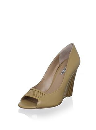 Charles David Women's Cimino Wedge (Almond Leather)