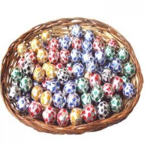 Round Chocolates Cane Basket