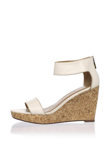 Adrienne Vittadini Women's Carol-Ann Platform Sandal (Milk)