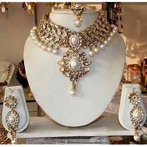 White kundan pearl drop choker necklace earring tika wedding set