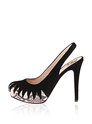 House Of Harlow 1960 Pumps