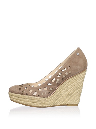 Calvin Klein Women's Viktoria Espadrille Wedge (Light Taupe)
