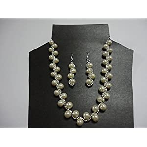 Mona Jewels Pearl Spiral Necklace And Long Earrings