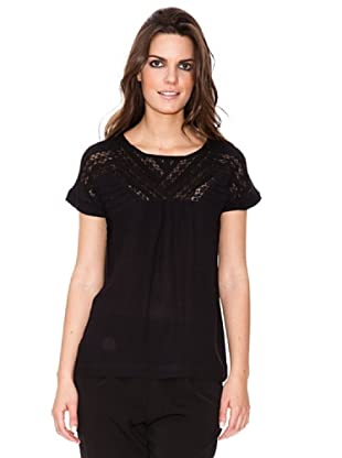 Cold Camiseta Detallles Escote (Negro)