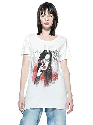 Rare Camiseta Irene