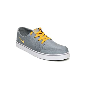 Nike Men Grey Dewired Casual Shoes