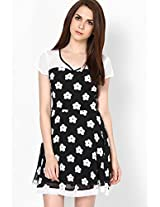 Retro White Flower Child Black Skater Dress