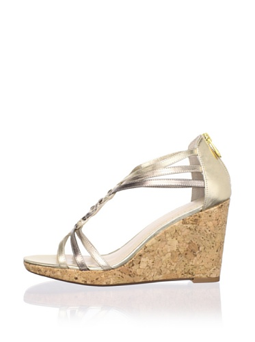 Adrienne Vittadini Women's Carmen Platform Sandal (Platino)