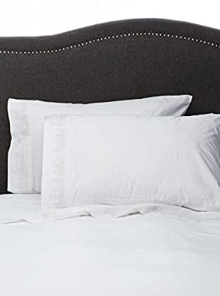 Mélange Home Pair of 300 TC Egyptian Cotton Percale Baby's Breath Embroidery Standard Pillowcases, White