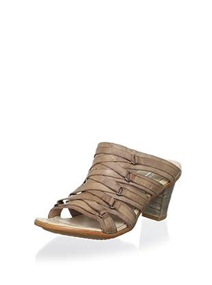 Antelope Women's Strappy Sandal (Powder)
