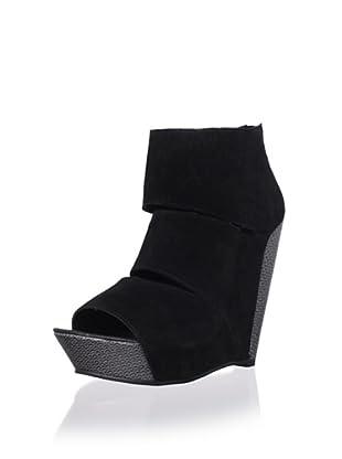 Messeca Women's Coraline Wedge Sandal (Black)