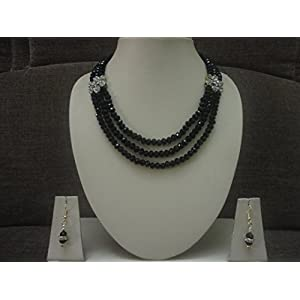 Mona Jewels Black shine crystal necklace with earrings