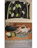 JJ COLE FOLD & GO DIAPERING KIT - LEAF