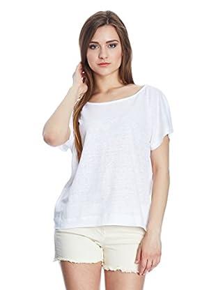 Axara T-Shirt