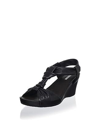 Geox Women's Roxy Wedge Sandal (Black)
