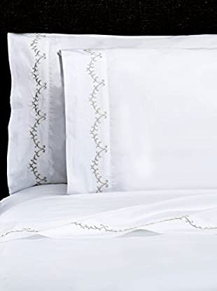 Mélange Pair of 300 TC Egyptian Cotton Percale Laurel Embroidery Pillowcases, Nimbus Grey, Standard