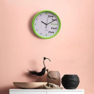 FabFurnish Ten10 One-Five Clock-Green