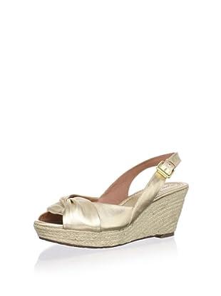 Corso Como Women's Earth Slingback Wedge Sandal (Platinum)
