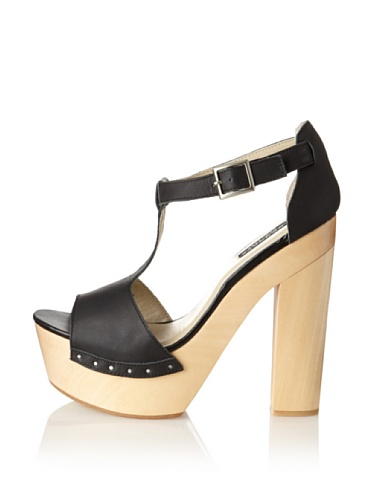 Messeca Women's Mila T-Strap Sandal (Black)