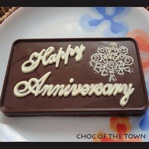 Customised Chocolate : Happy Anniversary Bar Chocolate