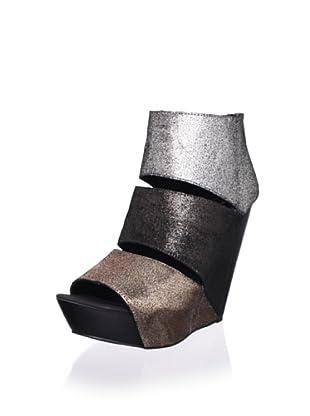 Messeca Women's Coraline Wedge Sandal (Silver)