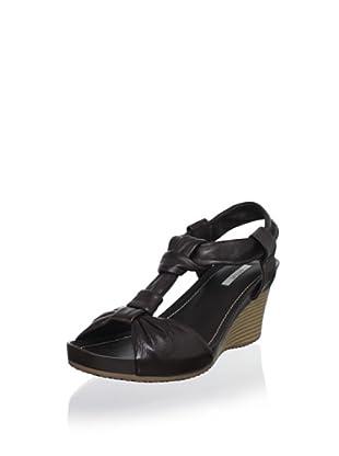 Geox Women's Roxy Wedge Sandal (Coffee)