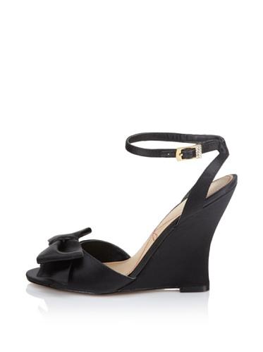 Le Soir Pour La Victoire Women's Evelia Wedge Sandal (Black)