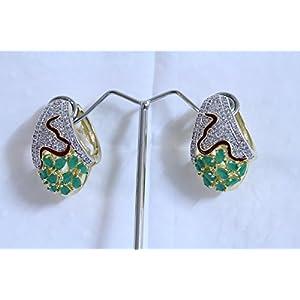 eNV Emerald and diamond earrings