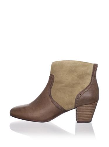 Modern Vintage Women's Delilah Ankle Boot (Cigar/Antelope)