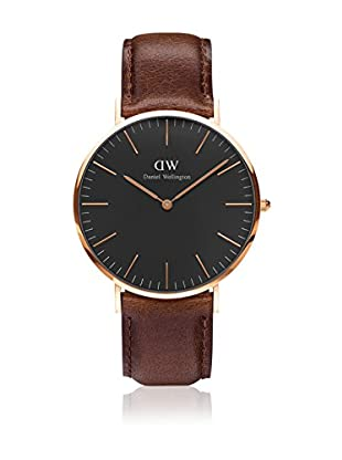 Daniel Wellington Uhr mit japanischem Quarzuhrwerk Man Classic St Mawes 40 mm