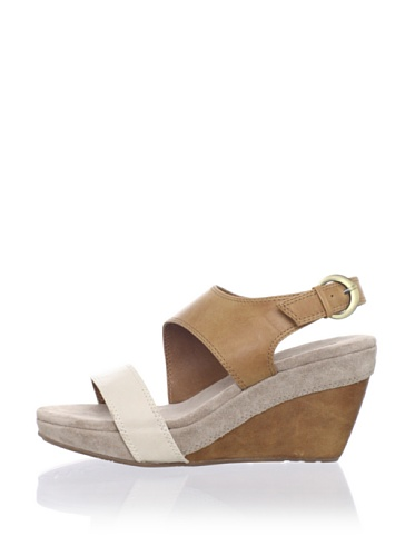 Chocolat Blu Women's Beaches Wedge Sandal (Camel)