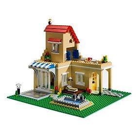 レゴで2階建ての家を作るセット。