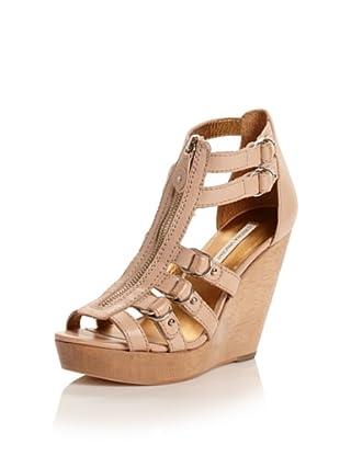 Cynthia Vincent Women's Jagger Wedge Sandal (Natural)
