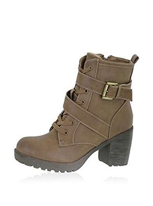 Sixth Sense Boot Carmela