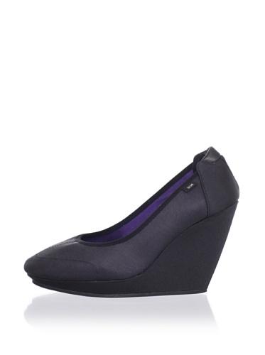 adidas SLVR Women's SLVR Ballerina Wedge (Black/Black/Grape)