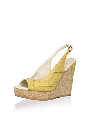 J. Shoes Women's Alba Wedge Pump (Honey Gold)