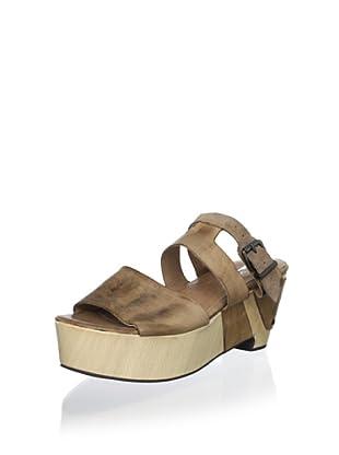 Antelope Women's Buckle Platform Sandal (Powder)