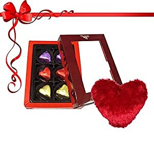 6pc Perfect Gifts for Any Love with Pillow - Chocholik Luxury Chocolates