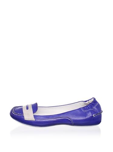 Chocolat Blu Women's Marissa Loafer (Blue Combo)