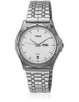 Bw05 Silver/Silver Analog Watch Timex
