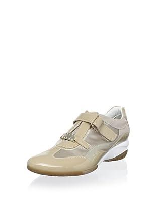 Geox Women's Ada Sneaker (Sand)