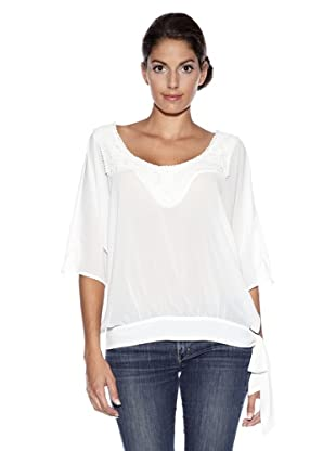 wagram women A cashmere sweater for women an original item with a sporty, chic look.