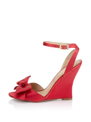 Le Soir Pour La Victoire Women's Evelia Wedge Sandal (Red)