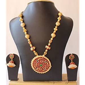 BEAUTIFUL UNIQUE GOLD TONE PEARL ROYAL TEMPLE PENDANT NECKLACE WITH MATCHING EARRINGS