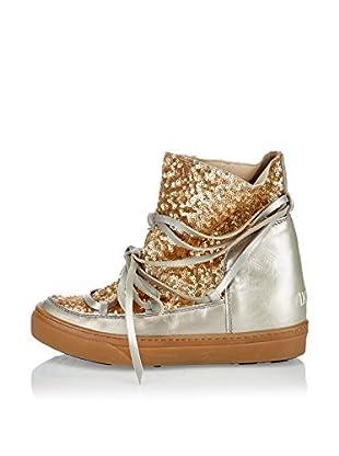 IKKII Hightop Sneaker