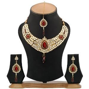 Kundan Necklace Set by The Pari - EY-12