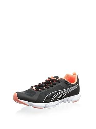 PUMA Women's Formlite XT Ultra Cross-Training Shoe (Black/Fluorescent Peach)